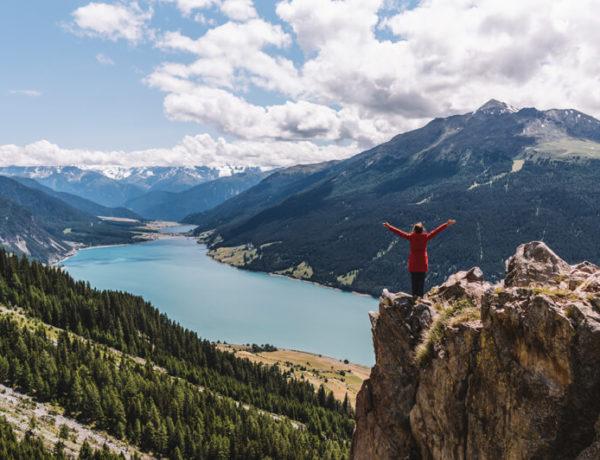 Nauders-Wandern-Plamort-Aussichtsfelsen