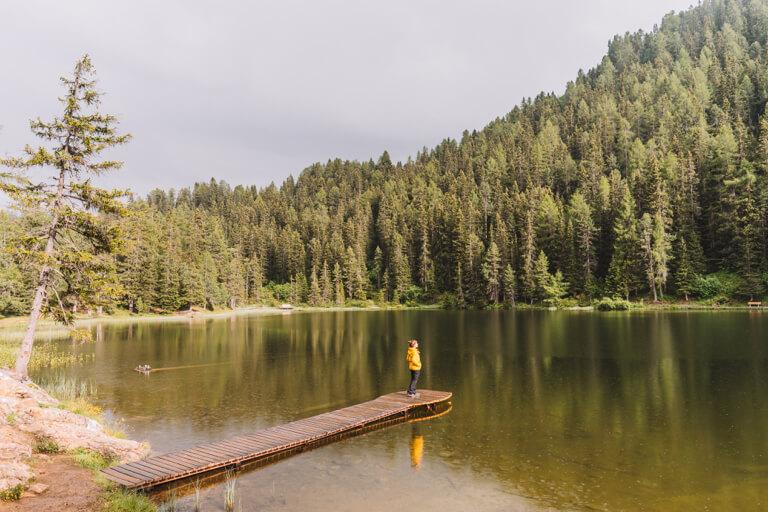 Nauders-am-Reschenpass-Wandern-Gruener-See