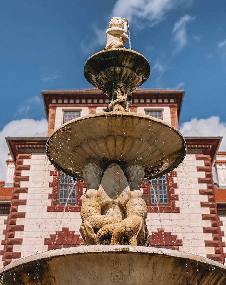 Brunnen Schloss Elisabethenburg