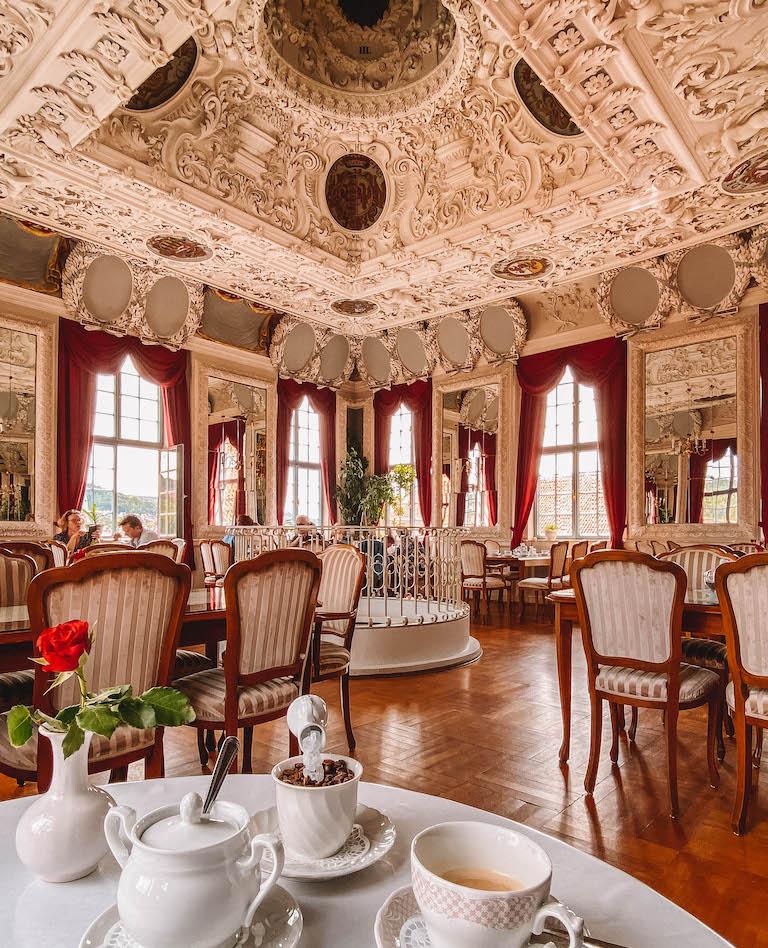 Meiningen Sehenswuerdigkeiten Hessensaal Reiseblog