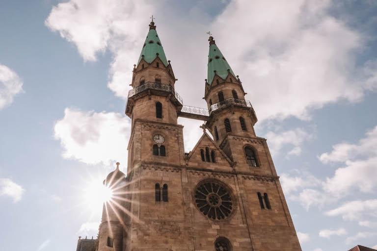 Meiningen Sehenswuerdigkeiten Stadtkirche