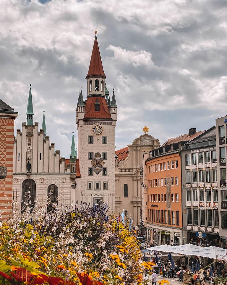 Muenchen Sehenswuerdigkeiten Rathaus Fuehrung