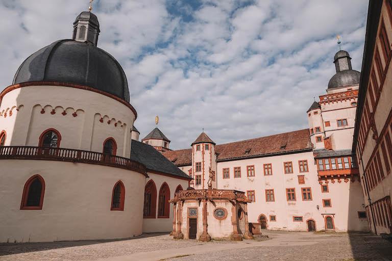 Wuerzburg Sehenswuerdigkeiten Festung Marienberg innen