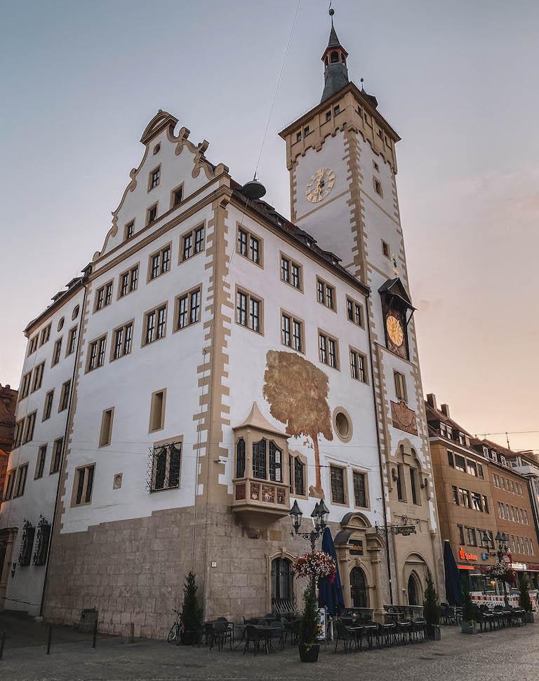 Wuerzburg Sehenswuerdigkeiten Rathaus