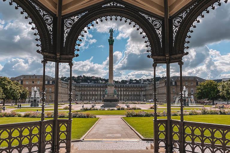 Schlossplatz Pavillon Stuttgart