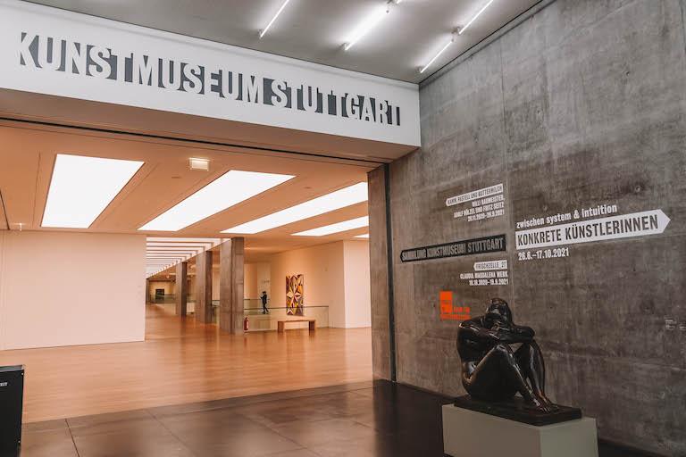 Stuttgart Sehenswuerdigkeiten Kunstmuseum Stuttgart Eingang
