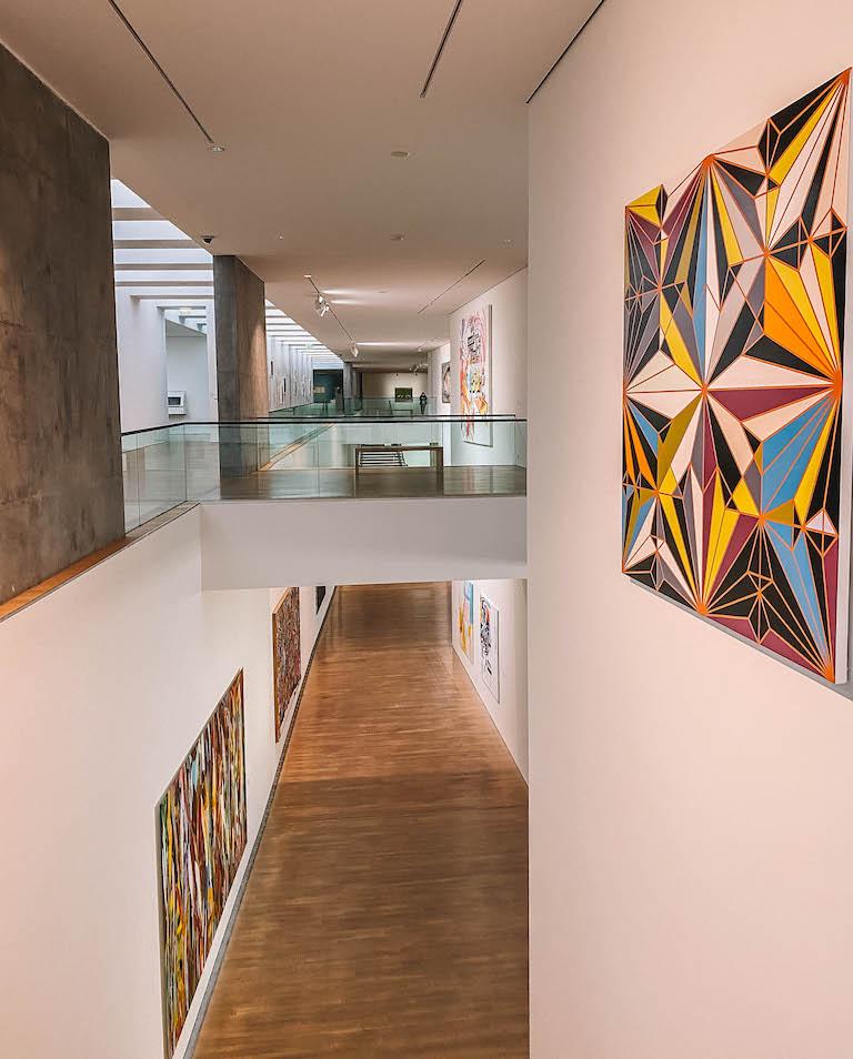 Stuttgart Sehenswuerdigkeiten Kunstmuseum innen