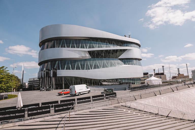 Stuttgart Sehenswuerdigkeiten Mercedes Benz Museum
